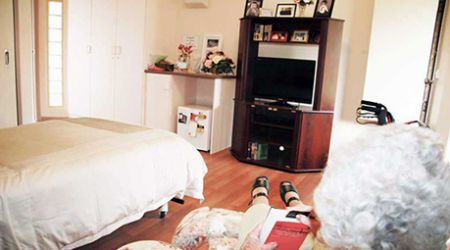 Eleebana Aged Care facility bedroom