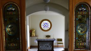 Multi-faith and catholic chapel for quit reflection